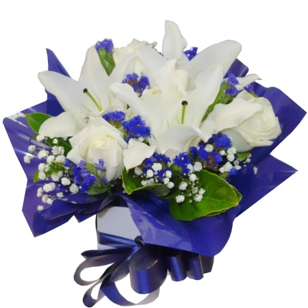 RBX309 White Lily and Rose Box