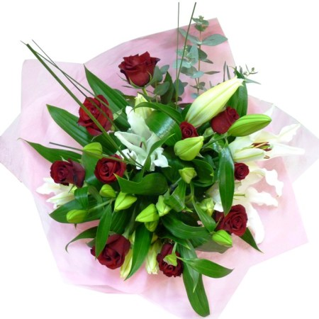 RBT168 lily & rose bouquet