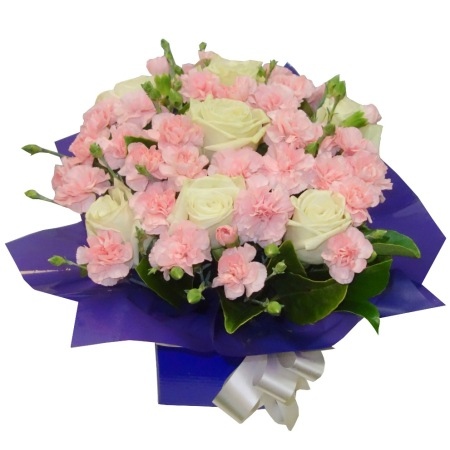 RBX310 White Roses with Pink Carnations