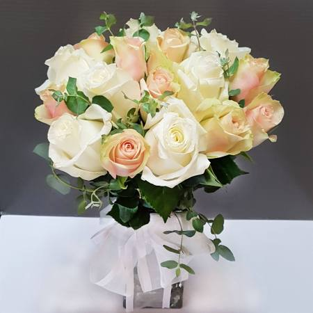 RBT233 Roses Posy