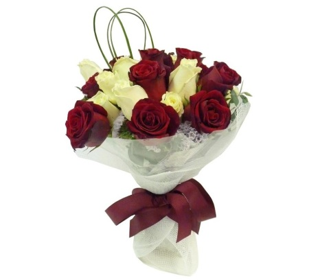 RBT121 rose posy