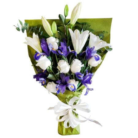RBT305 Blue and White Bouquet